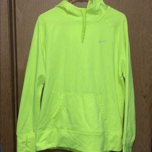 Nike Tops - Nike therma fit sweatshirt